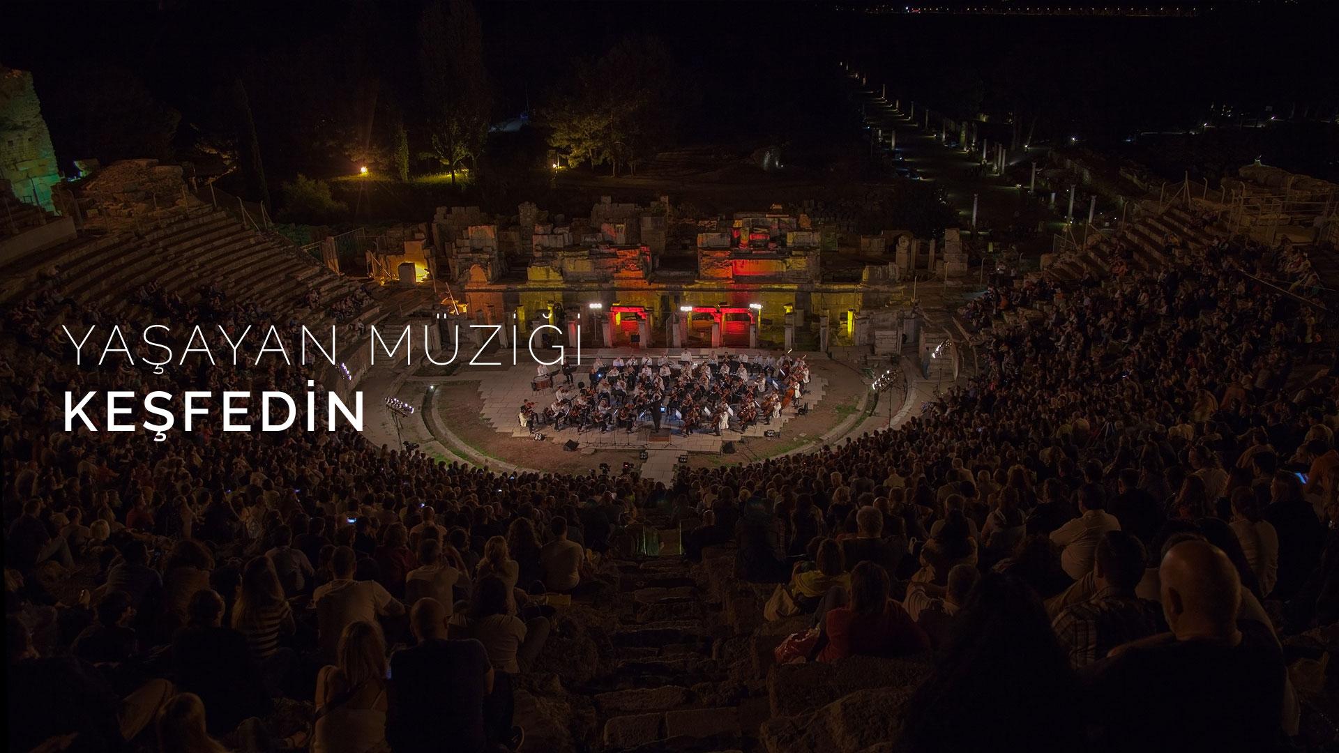 izdso-izmir-devlet-senfoni-orkestrasi